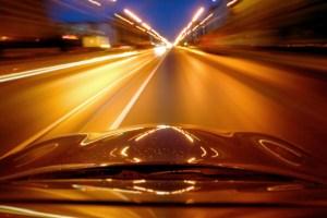 Firman ley para disuadir a conductores negligentes de abandonar la escena