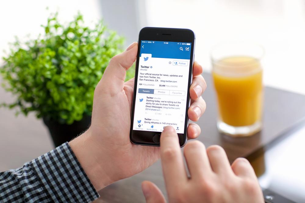 """Twitter desarrolla nuevas estrategias para rastrear números telefónicos de """"troles"""""""