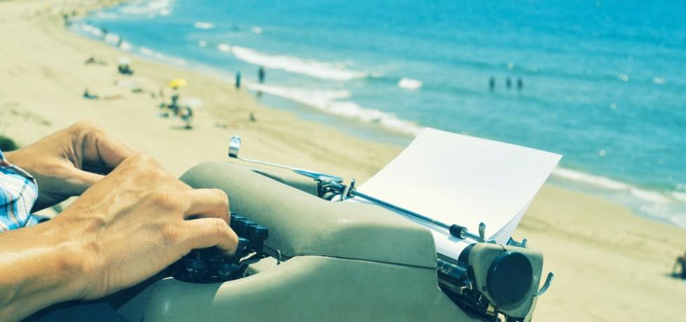Inter Derecho premia a jóvenes juristas en certamen de poesía crítica