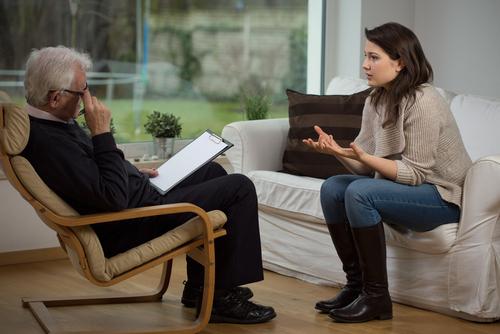 Proyecto de ley federal prohibiría la terapia de conversión