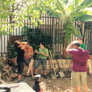 Estudiantes de Derecho invitan a trabajar en propiedades abandonadas