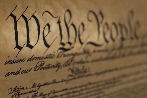 Constitución de Estados Unidos, ciudadanía y casos insulares: Un caso de disonancia normativa