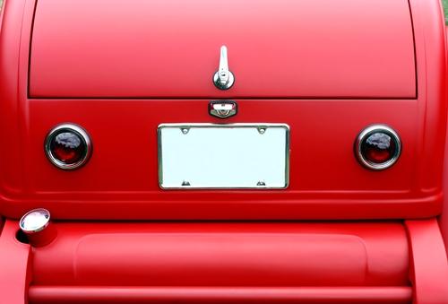 DTOP asignará posesión de las tablillas de vehículos de motor a propietarios