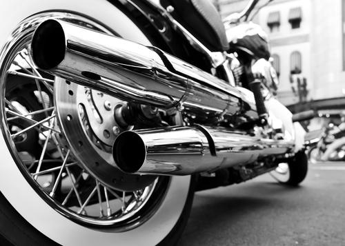 Marbetes para motocicletas y arrastres podrán adquirirse en Centros de Inspección