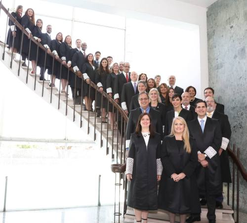 Juramentan nuevos jueces