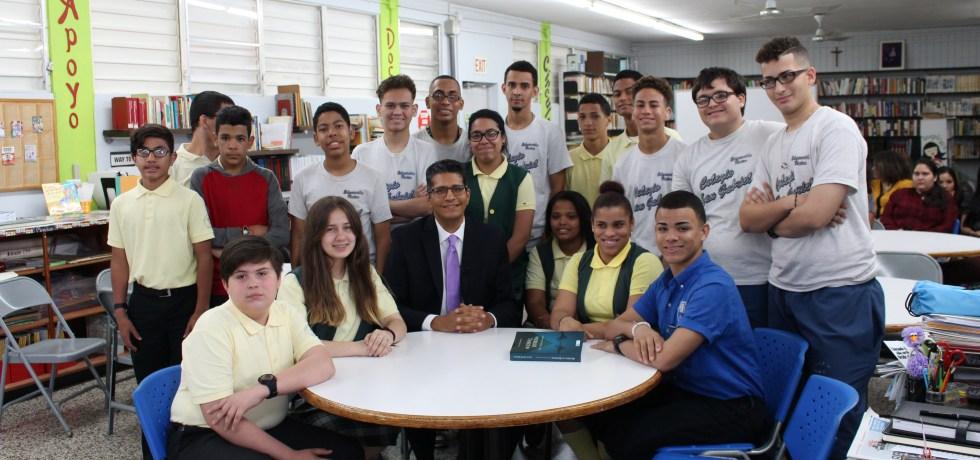 Detrás de la toga: Entrevista al Hon. Luis Estrella Martínez