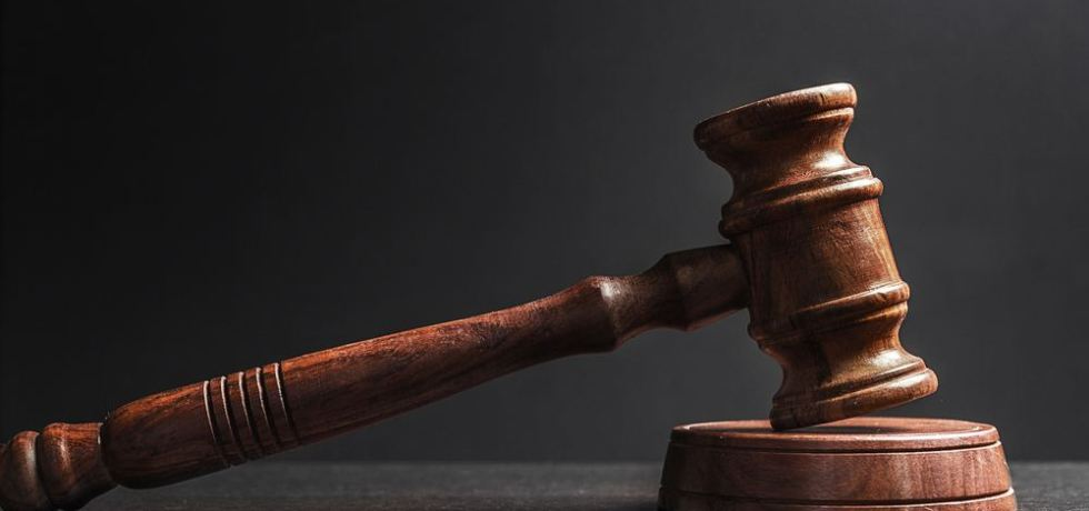 Tribunal Supremo revoca recurso gubernativo por falta de jurisdicción