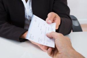 salario cheque laboral