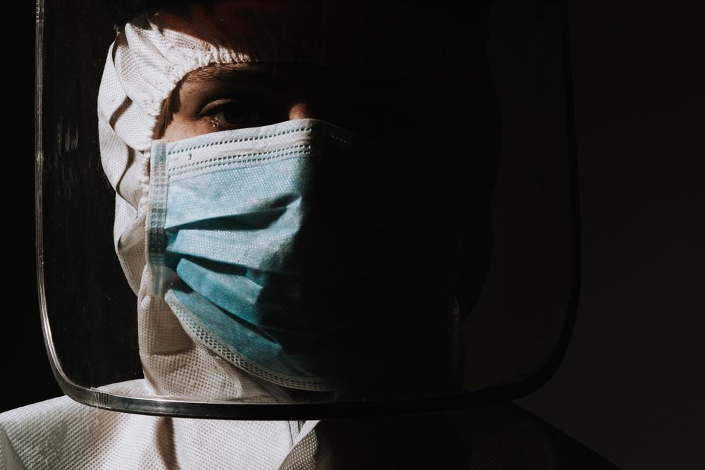 profesionales de la salud; médicos, salud, medicina, COVID-19