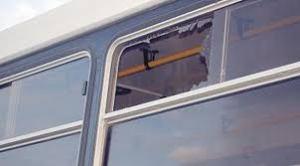 colectivo piedra ventanilla