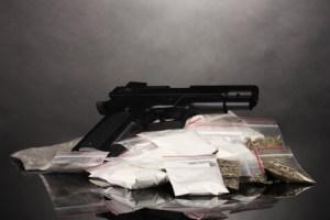 Drogas y Armas