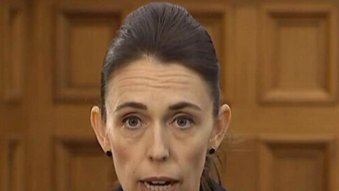 Jacinda Ardern slams Scott Morrison after alleged ISIS terrorist stripped of citizenship