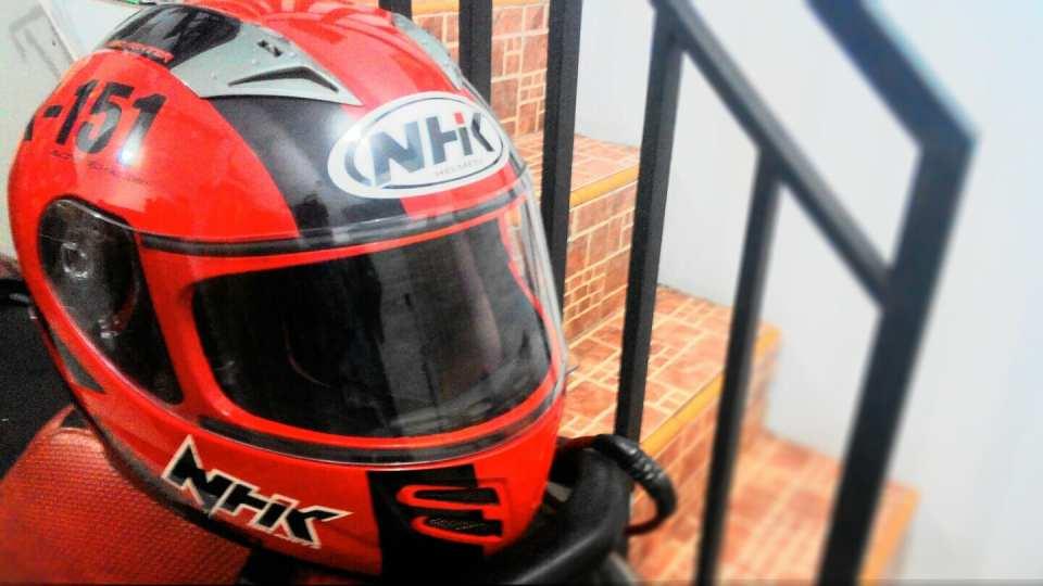 Mengenal Helm dan Perangkatnya
