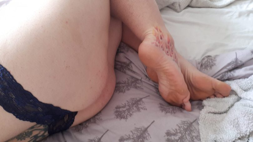 Unedited barefoot sub in a barely there thong