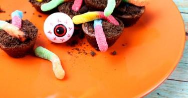 Alea's Deals Halloween Brownie Dirt Cup Bites Recipe!