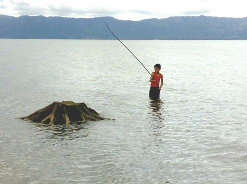 Lake Mainit 2