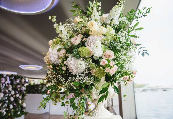 floral-arrangement-on-lower-deck