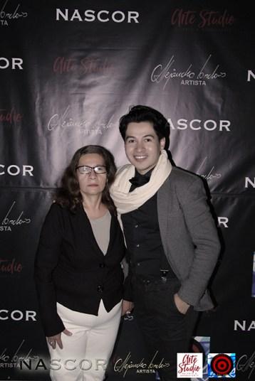 Alejandro Londoño en compañía de su madre Doris Ruiz