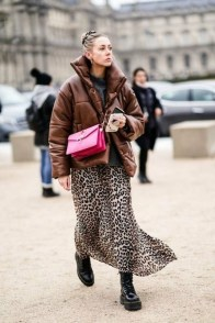 large_Fustany-fashion-how-to-wear-pink-and-brown-together-4~1
