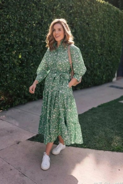 large_friday_fashion_fits_how_to_wear_and_style_flowy_dresses_fustany_image_22~1
