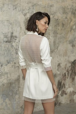 large_Fustany-9-Bridal-Engagement-Looks-That-Are-Not-Dresses-08~1