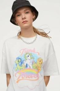 large_Fustany-How-to-Wear-and-Style-the-Graphic-Tee-From-H_M-7~1
