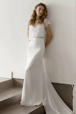 large_Fustany-Laid-back-Wedding-Dresses-to-Wear-to-Your-Beach-Wedding-002~1