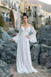 large_Fustany-Laid-back-Wedding-Dresses-to-Wear-to-Your-Beach-Wedding-005~1