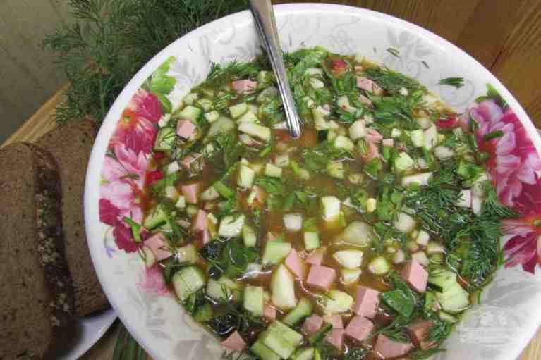 Как приготовить холодный суп для жарких летних дней