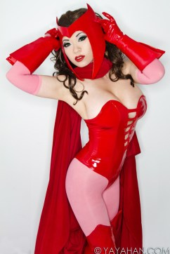 40-scarlet-witch-by-yaya-han