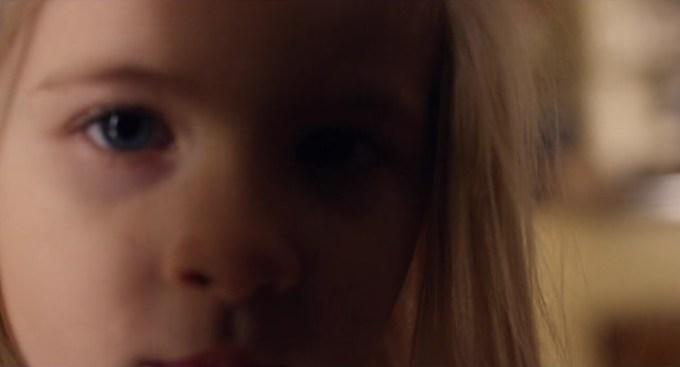 Black Mirror 4.02 cena 54