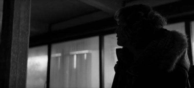 Black Mirror 4.05 cena 9
