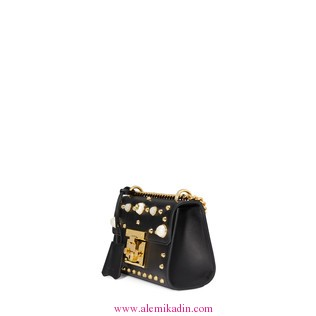 Gucci_CantaPadlock-studded-leather-shoulder-bag-1