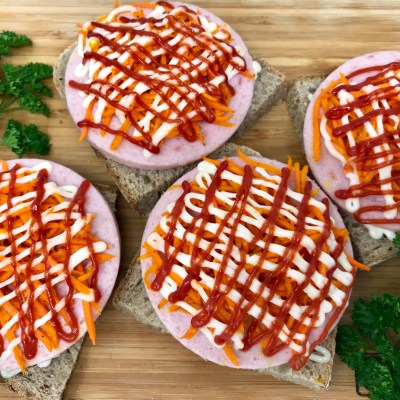 Hot Balogna Canapes with Korean Carrots