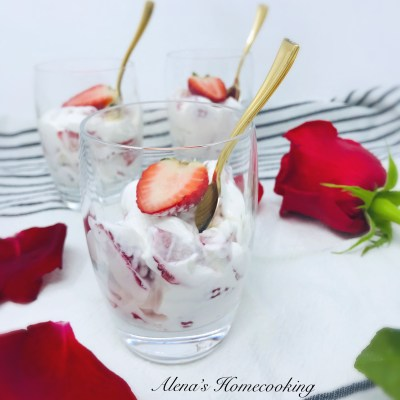 Easy Strawberries and Cream