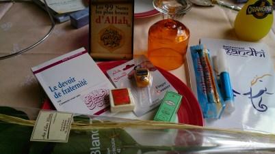Des cadeaux offerts pour l'aid à Rouen