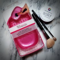 Review: Real Techniques brush cleansing palette