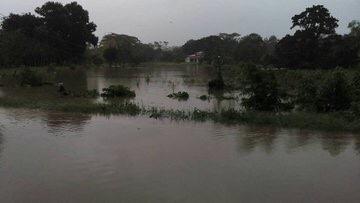 Reportan inundaciones y desbordamiento del Río en #Pichucalco #Chiapas img 5471