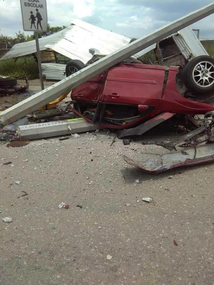 Siete muertos, entre ellos dos policías al ser arrollado por un trailer en La Pochota WhatsApp Image 2018 06 20 at 17.38.45