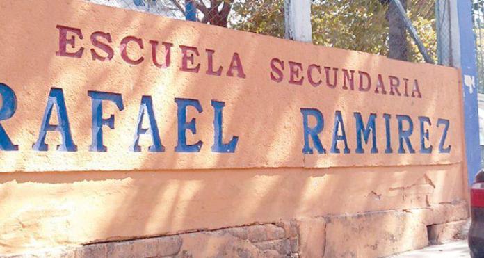 Un alumno en coma y una hospitalizada por negligencia en secundaria de la colonia Cerro Hueco WhatsApp Image 2019 01 31 at 3.17.11 PM
