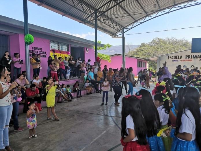 En contingencia, docentes hacen Festival de la Primavera 8ae8692a 2b39 4864 9fdf f9bd4c4de452