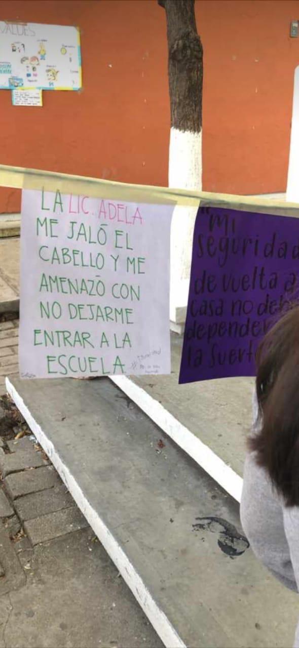 """Realizan """"Tendedero del Acoso"""" en Preparatoria 2, directivos tratan de ocultarlo. e67e4ab3 c5ec 4b4e 9e14 eff8df831bc0"""