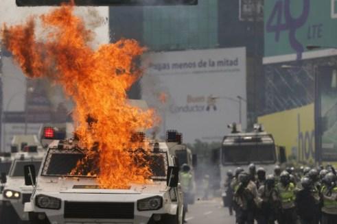 Protesta26AP-LOTE-DOS3-20170426-680x453