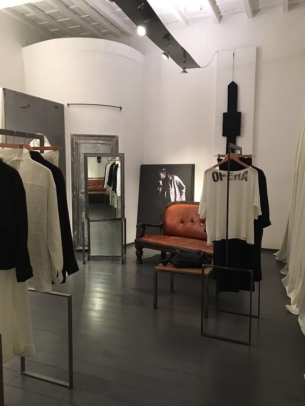 Clothing Store in Rome 21