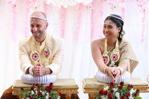 Ita – Thai wedding day