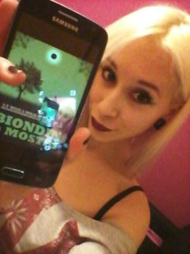 "Clem Cherie promuove ""Biondin e i Mostri"" (http://www.amazon.it/dp/B00LTY2IW4)"