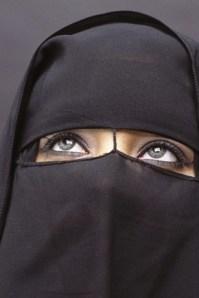 niqab-velo-donna-araba_290x435