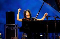 Giovanni Allevi durante il concerto all'Auditorium di Expo 2015, Milano, 15 ottobre 2015.   ANSA/MOURAD BALTI TOUATI