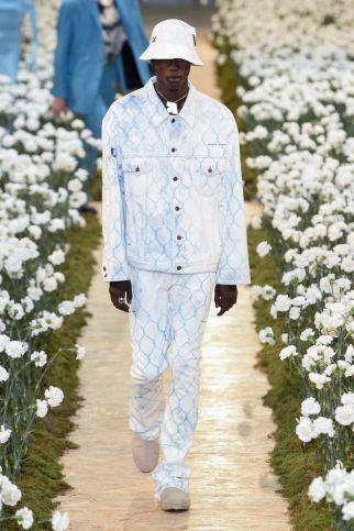 sfilata-off-white-collezione-uomo-primavera-estate-2020-parigi-isi-2664-maxw-800