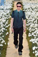 sfilata-off-white-collezione-uomo-primavera-estate-2020-parigi-isi-2836-maxw-800
